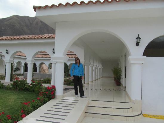 Hotel Agustos Urubamba: Hermosas galerias...