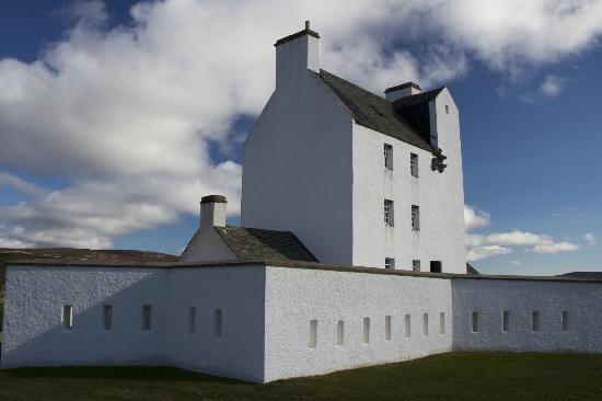 Strathdon, UK: Corgarff Castle up close