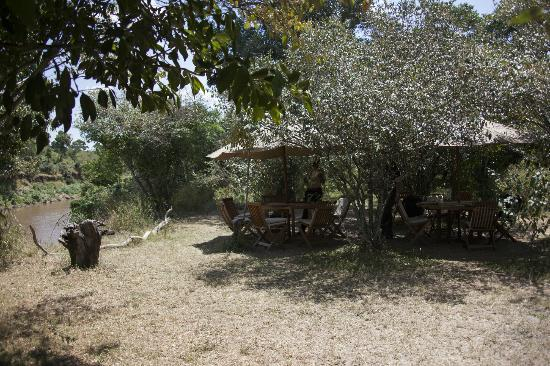 Mara Ngenche Luxury Tented Camp: Breakfast and luncharea