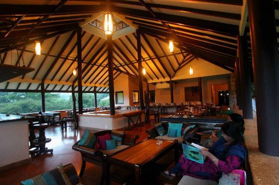 Flameback Lodges: Dining Area