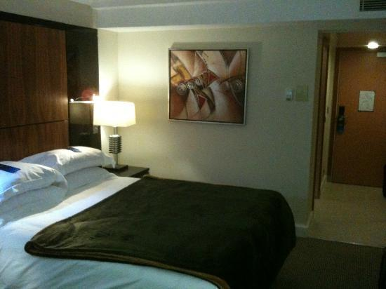 Radisson Blu Hotel & Spa, Galway: Comfortable Bed