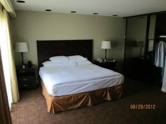 DoubleTree by Hilton Hotel Sacramento: Comfy, big bed