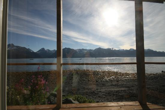 Angels Rest on Resurrection Bay, LLC: Cloud 9 cabin....beautiful views to wake up to