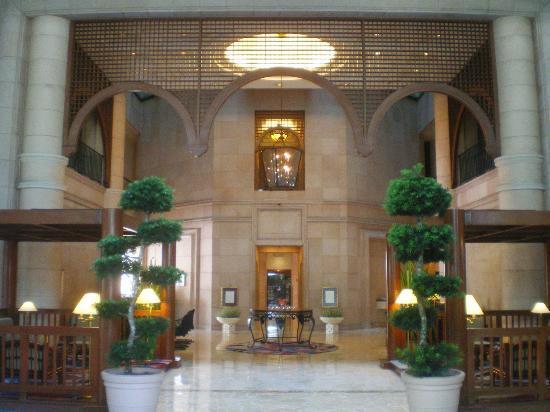 Ambassador Row Hotel Suites by Lanson Place: Lanson Place: Rezeptionsbereich