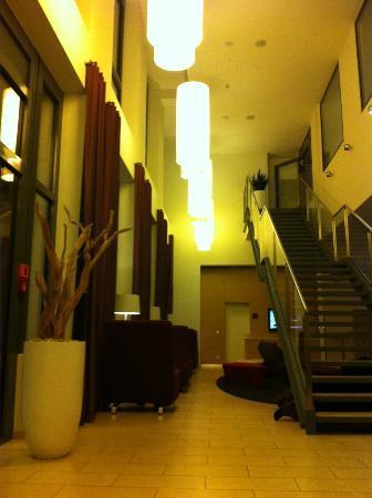 Welcome Hotel Frankfurt: Eingangshalle