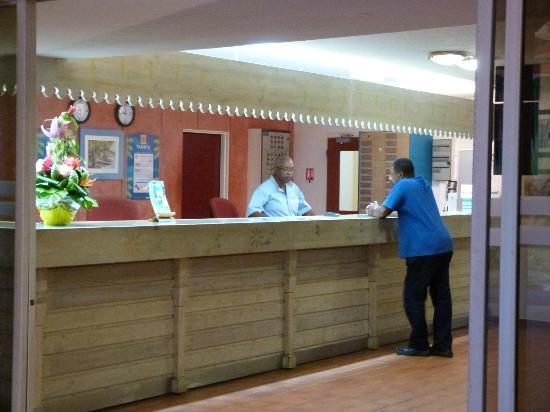 Hotel Fleur d'Epee: la reception