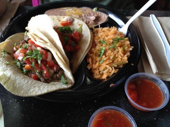 Tacos Los Altos: Tacos de carne asada combo