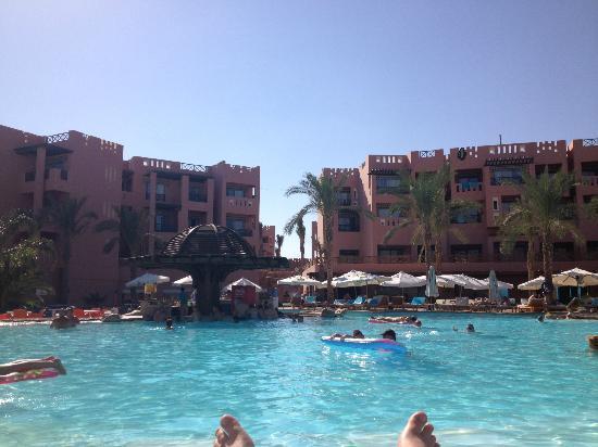 ريحانة شرم ريزورت: front pool with 1st pool bar 