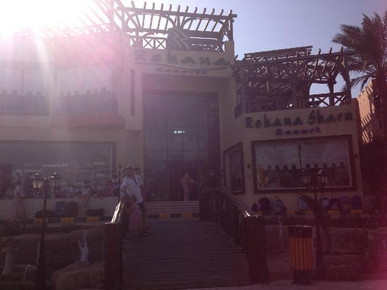 Rehana Sharm Resort: front of hotel