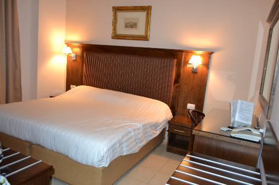 Gloria Hotel: номер