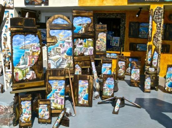 Santorini Sea Trips Anemos: Quaint shops selling souvenirs in Oia.