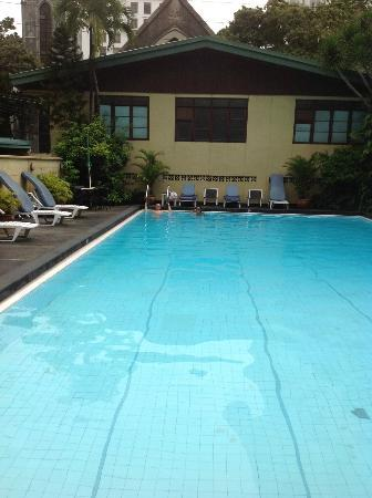 Tropicana Suites: Pool