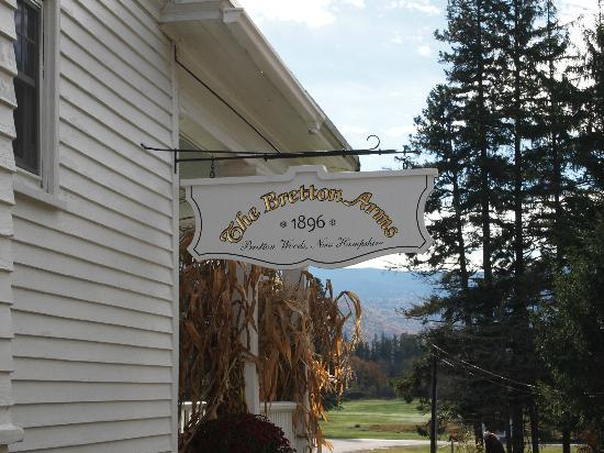 Omni Bretton Arms Inn at Mount Washington Resort: Bretton Arms Inn