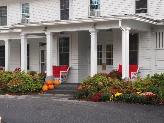 Omni Bretton Arms Inn at Mount Washington Resort: Eingang