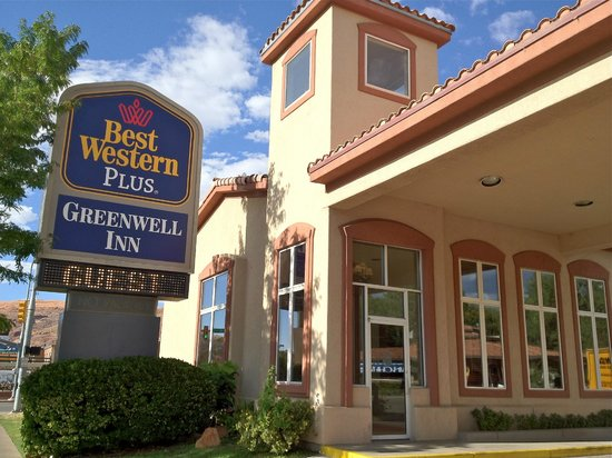 Best Western Plus Greenwell Inn: entrata albergo