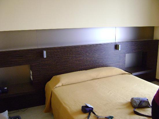 Hotel Rosso Frizzante: letto