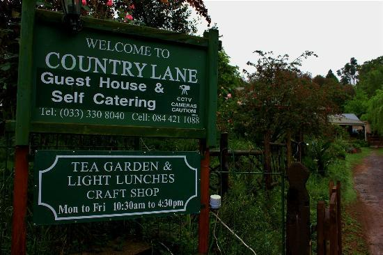 Country Lane Guest House: Entrance