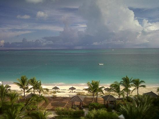 Seven Stars Resort & Spa : Grace Bay Beach (Directly in front of hotel)