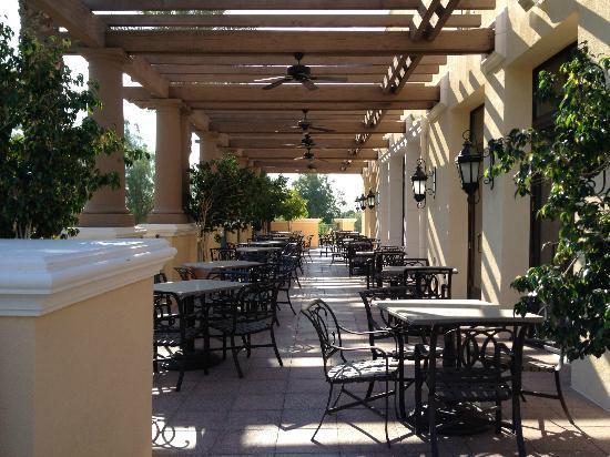Marriott's Shadow Ridge I-The Villages: Golf club patio