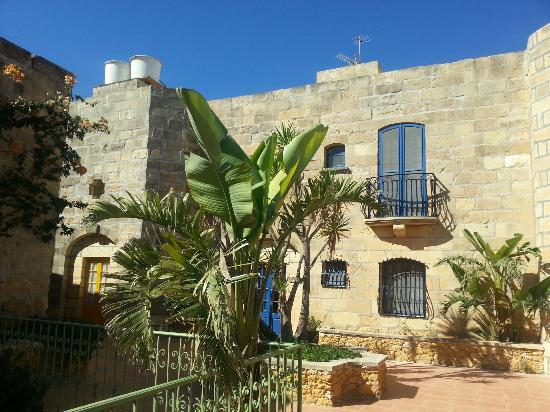 Bellavista Farmhouses Gozo: Ta Censa from the outside