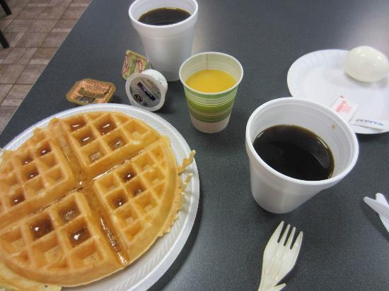 كواليتي إن كينيدي سبيس سنتر: petit déjeuner 