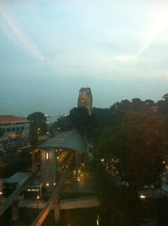 Resorts World Sentosa - Hotel Michael: View from 10th floor overlooking the Merlion statue