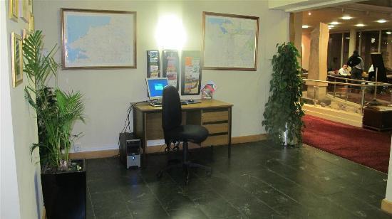 Sligo Park Hotel: Reception Area