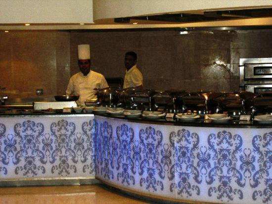 Steigenberger Makadi Hotel: hot buffet
