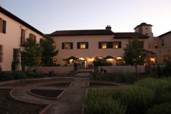 La Posada Hotel: From the garden at night