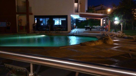 Hotel Topazio: Pool view from our apatment