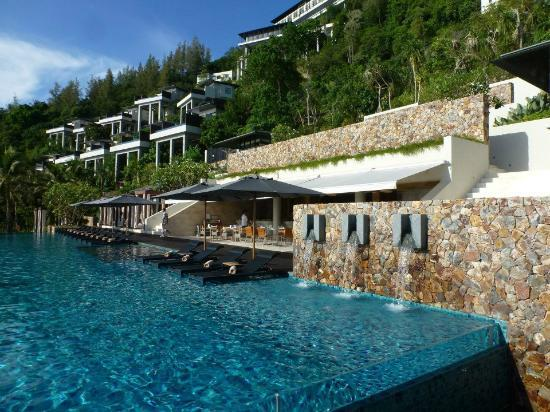 Conrad Koh Samui Resort & Spa: Central pool.
