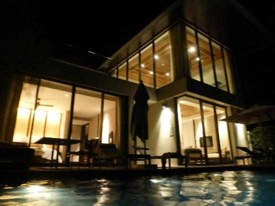 Conrad Koh Samui: Our duplex villa at night.