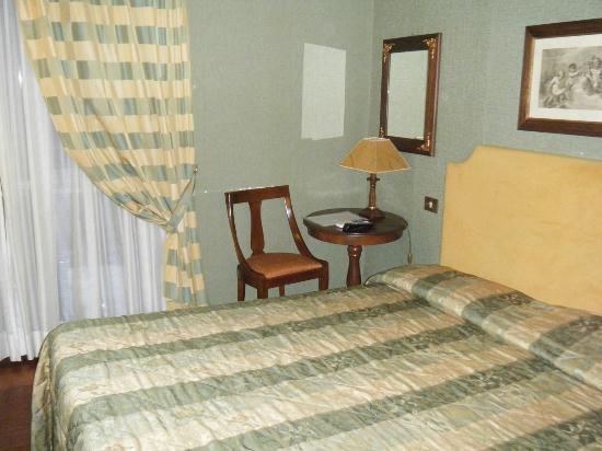 Domus Livia Suites: The room
