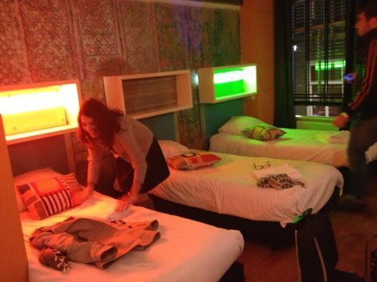 The Greenhouse Effect: la chambre Fluo
