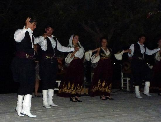 Morpheas Apartments: Dancing at tourism festival