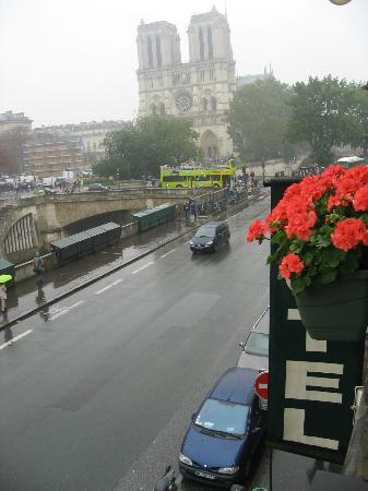 Les Rives De Notre Dame: View From Our Window