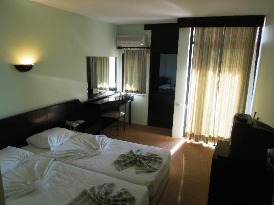 Hitit Hotel: Room 102