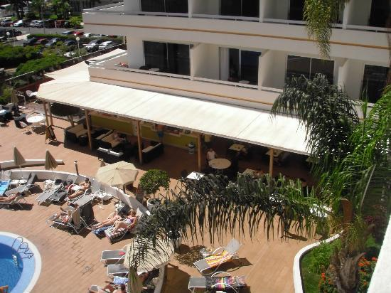 Sunprime Coral Suites And Spa: dining area from balcony