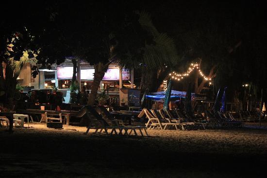 Samui Honey Cottages Beach Resort: bar