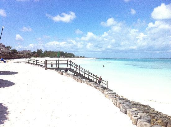 Diamonds La Gemma dell' Est: Beach