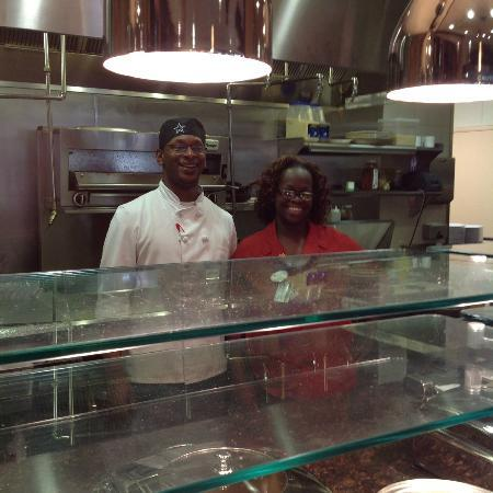 Hilton Garden Inn Fort Worth Medical Center : Omelettes Cooked to Perfection