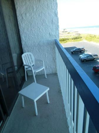 Holiday Inn Express Nags Head Oceanfront: Ocean front balcony