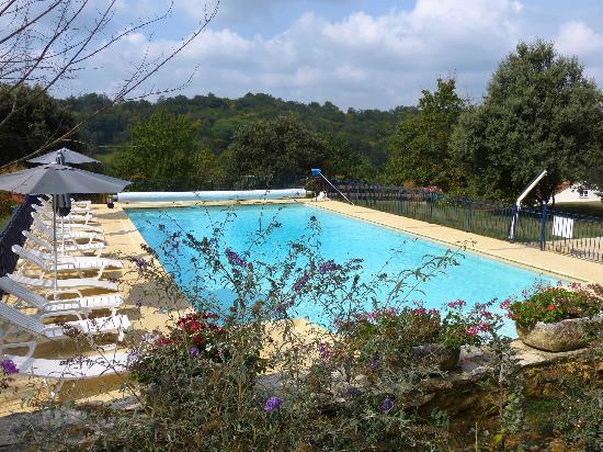 Au Pre de l'Arbre: Swimming pool
