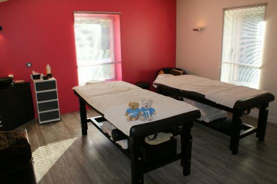 Chateau de Champlong: une salle de massage