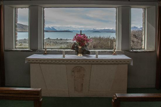 Kaikoura Apartments: We used the flowers you gave us in the church - Thankyou so much