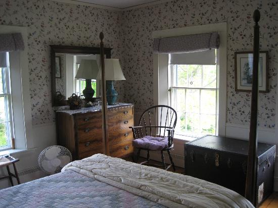 The Captain's Watch  Bed and Breakfast : Harbor View