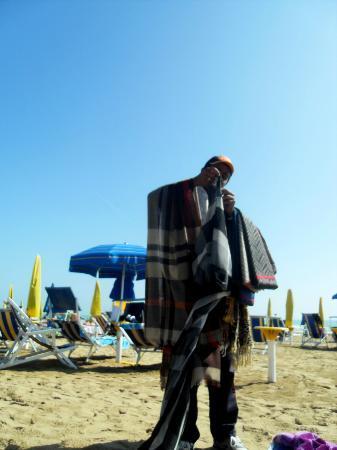 Hotel Kennedy : annoying person on the beach
