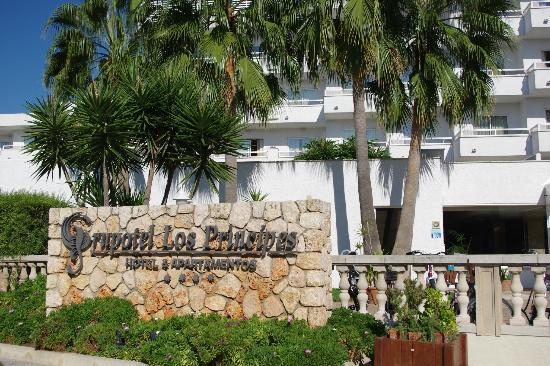 Grupotel Los Principes & Spa: Front of hotel
