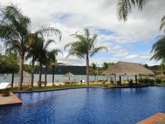 Ribeirao Claro, PR: Piscina e bar molhado 