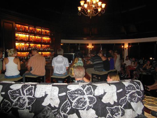 Secrets St. James Montego Bay: Piano Bar!